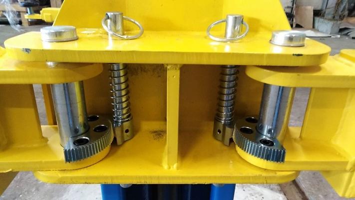 Подъёмник 2-х стоечный BRANN T4